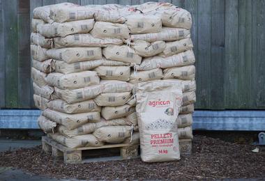 Houtpellets DIN +- 20 x 14 kg, papieren zak